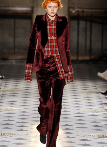 vetements-2016-fall-winter-collection-21