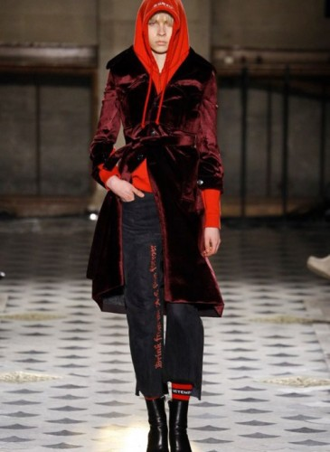 vetements-2016-fall-winter-collection-23