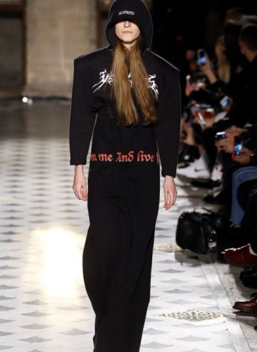 vetements-2016-fall-winter-collection-35