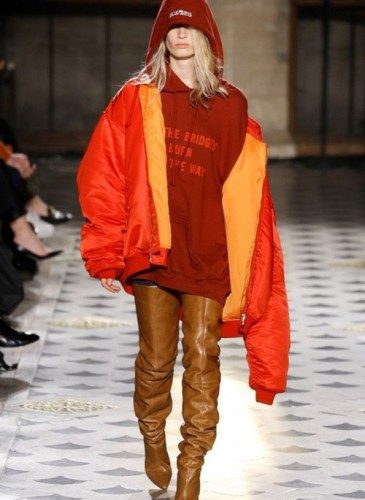 vetements-2016-fall-winter-collection-43
