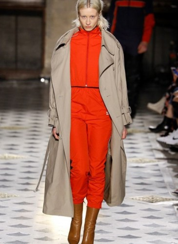 vetements-2016-fall-winter-collection-44