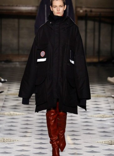 vetements-2016-fall-winter-collection-47
