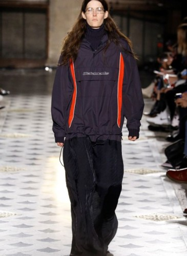 vetements-2016-fall-winter-collection-48