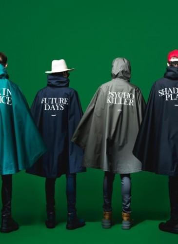 2. Undercover深藍色斗篷式風衣。-2