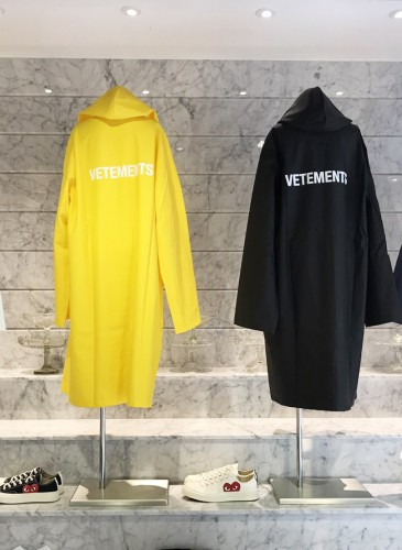 2017FW_08_Vetements_topbanner