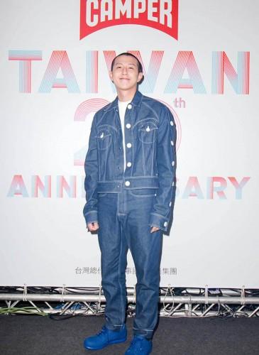 台灣新銳時裝設計師江奕勳。