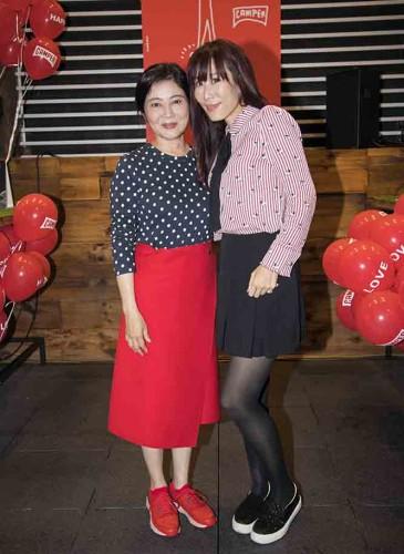 喜事國際時尚集團執行長馮亞敏女士以及主播舒夢蘭合照。
