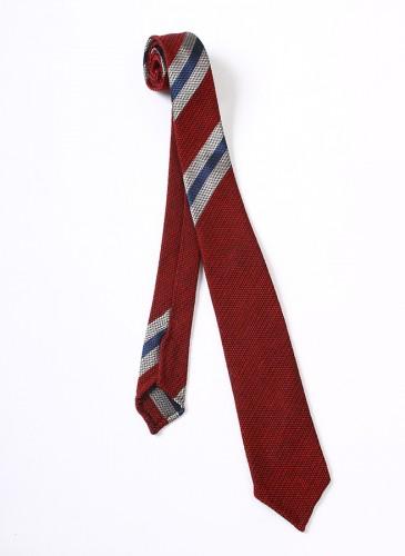 45R紅灰藍斜紋拼色領帶,NT$13,580。