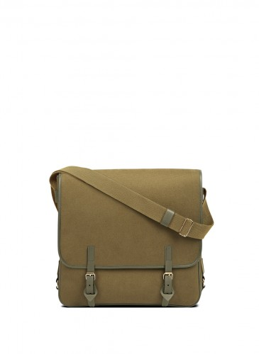 LUNIFORM N°23大肩背包(LARGE SATCHEL),NT$ 30,600。