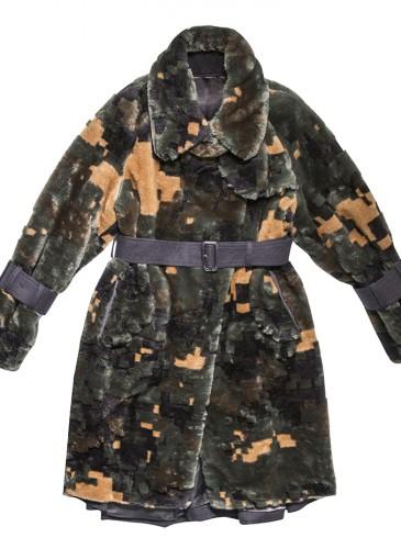 Sacai 多色毛長版夹克,NT$96,800。(團團精品)