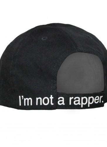 【中性】F.A.M.T.「I'm not a rapper」經典黑棒球帽,NT$1,600。_背面