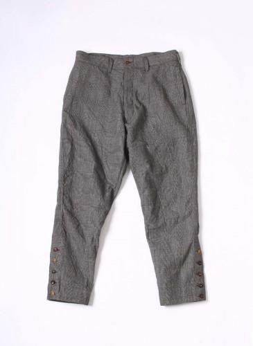 45R灰色寬褲,NT$29,680。