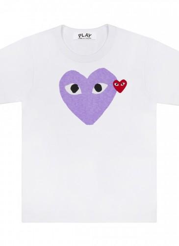 COMME des GARÇONS PLAY 系列粉嫩紫色雙愛心T恤,NT$3,500。(團團精品)(男女款)
