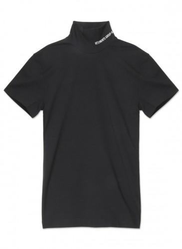Vetements黑色套頭LOGO Tee,NT$20,800。(團團精品) - 正面