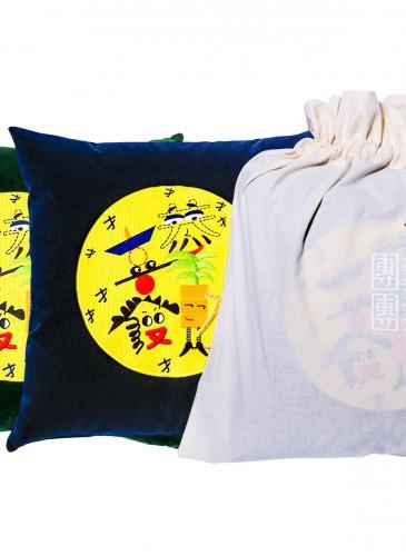 團團2018恭喜發財刺繡抱枕,限量發售,價格店洽。(團團精品) 2