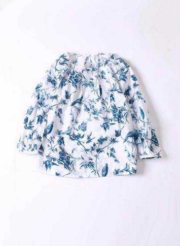 45R原創手繪花鳥柄白色罩衫,NT$19,880。