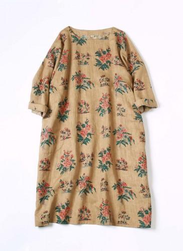 45R手捺染印花洋裝,NT$28,480。