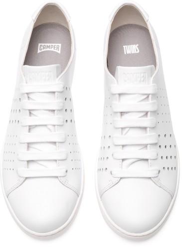 CAMPER TWINS系列白色休閒鞋,NT$6,080。(女款)_正面
