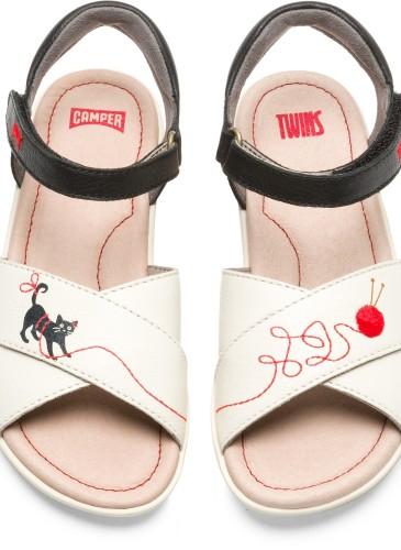 CAMPER TWINS系列白色印花休閒童涼鞋,NT$4,180。_正面