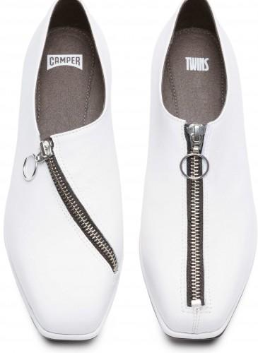 CAMPER TWINS系列白色裝飾拉鍊休閒鞋,NT$8,280。(女款)_正面
