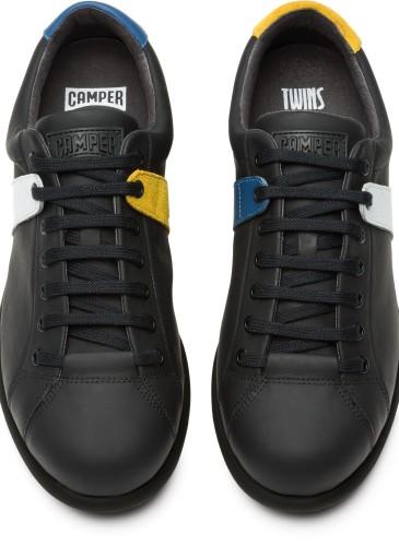 CAMPER TWINS系列黑白藍黃配色休閒鞋,NT$9,880。(男款)_正面