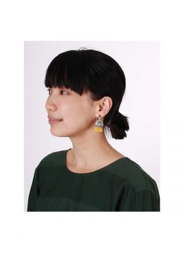 45R 2018春季歲時記「蒲公英」裝飾耳環。