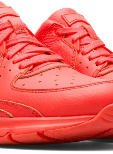 CAMPER Drift紅色皮革運動休閒鞋,NT$7,680。(女款)-2