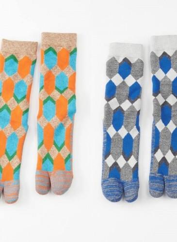 45R圖騰忍者襪,各NT$3,800。