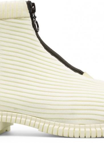 Camper Pix系列白色伸縮布高筒靴,NT$6,980。(女鞋)