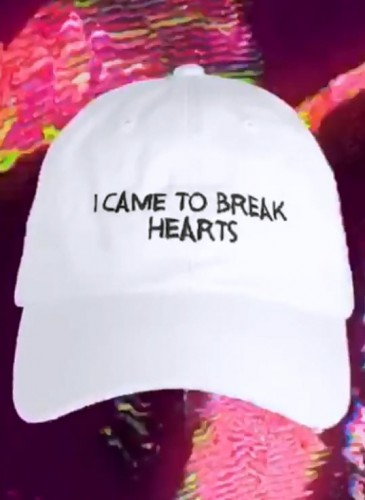 NASASEASONS「I CAME TO BREAK HEARTS」標語老帽,NT$4,500。(團團TEEMARKET)