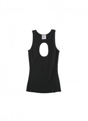 VETEMENTS黑色胸部挖洞背心,NT$11,500。(團團TEEMARKET)