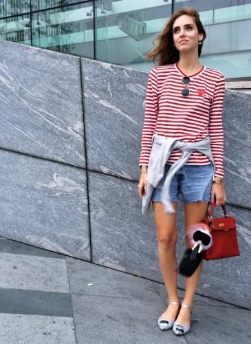 現今最火紅的時尚部落客Chiara Ferragni是個不折不扣COMME des GARÇONS PLAY系列的愛好者,多次在私人IG分享她穿可愛紅心PLAY的照片。(圖片翻攝自Chiara Ferragni instagram) - 1