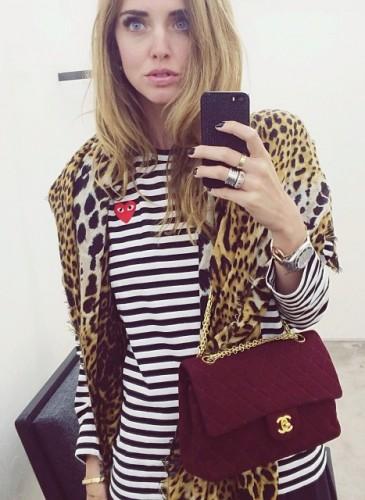 現今最火紅的時尚部落客Chiara Ferragni是個不折不扣COMME des GARÇONS PLAY系列的愛好者,多次在私人IG分享她穿可愛紅心PLAY的照片。(圖片翻攝自Chiara Ferragni instagram) -2