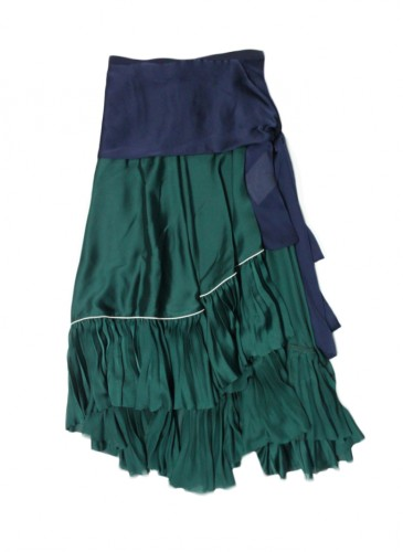 SACAI 緞面拼接波浪長裙。(團團)