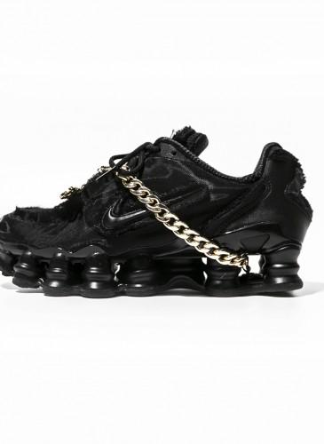 Comme des Garçons x Nike Shox黑色彈簧鞋,NT$18,200。(團團)-4