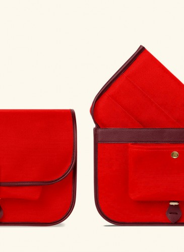 L:UNIFORM No°80oc 紅色小型攝影包NT$36,500-1