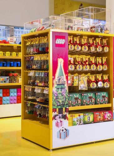 台灣首間樂高授權專賣店擁有獨家擁有許多文具及周邊商品