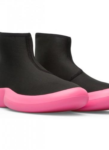 CAMPER 2020春夏新款ABS休閒中筒襪套靴,NT$8,880。-2