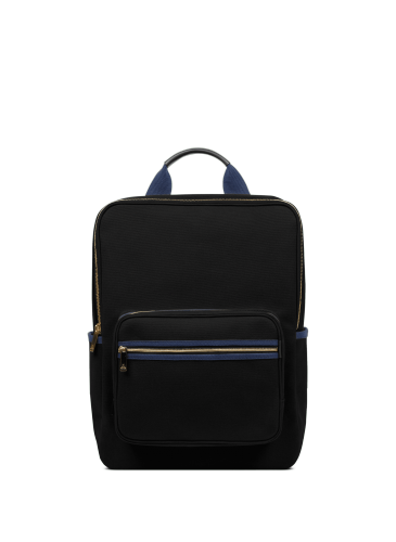 LUNIFORM N°6 LARGE BACKPACK黑色後背包,NT$28,000。