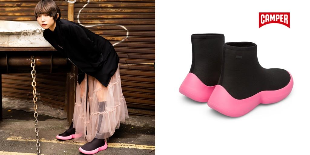 新生代模特兒Sofia在黑色基底中選擇這款CAMPER Abs襪套短靴,有一點螢光色做點綴,不會太過高調及乏味。(圖片Sofia提供)