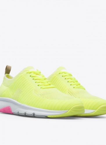 CAMPER螢光黃色Drift系列休閒鞋,NT$7,280。(女鞋)