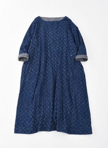 45R INDIGO細花柄圖騰洋裝,NT$34,800。