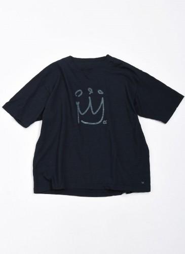 45R INDIGO藍染印圖騰上衣,NT$9,200。