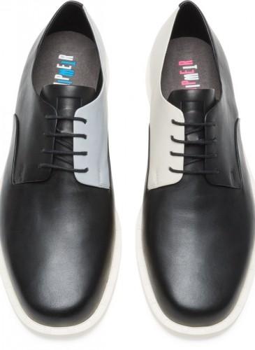 CAMPER Judd Twins黑白拼色休閒鞋,NT$7,680。(男鞋)