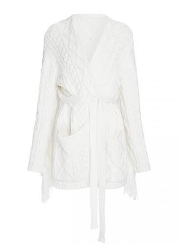 Mother of Pearl米白色針織外套 ,NT$27,500。(團團選品)
