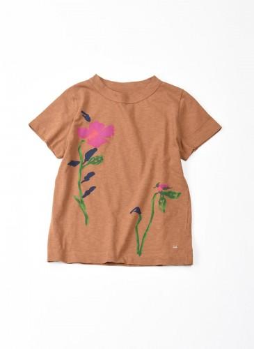 45R棕色底粉紅花朵印刷T恤,NT$6,500。