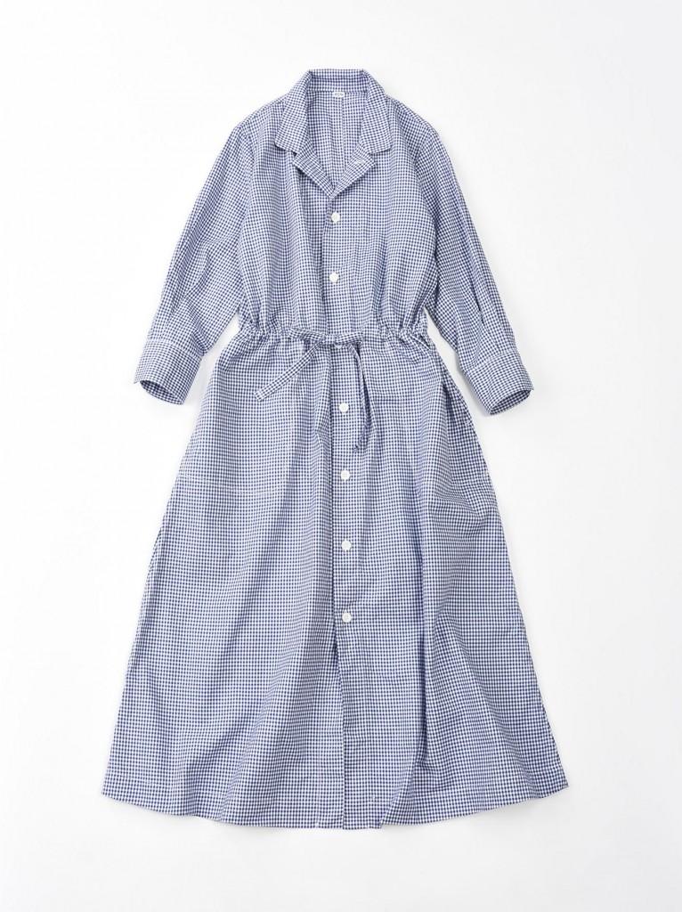 45R淺藍色格紋襯衫式連身裙,NT$21,500。
