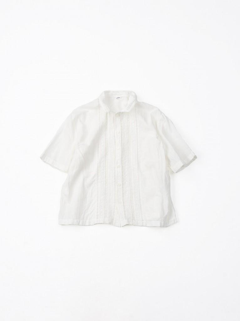 45R白色棉麻襯衫,NT$25,200。
