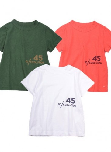 45R LogoT恤,各NT$5,500。
