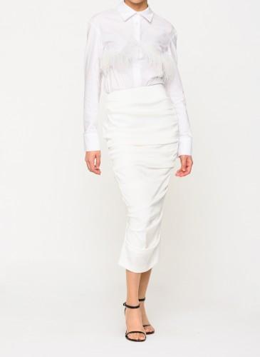 Alex Perry白色縐摺窄裙,NT$39,500。(團團選品) 人物穿搭